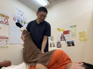 ぎっくり腰の治療風景
